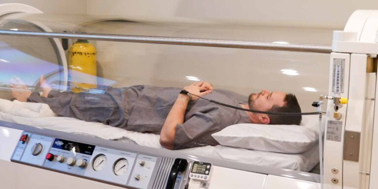 Hyperbaric Oxygen Therapy in our Acrylic chamber
